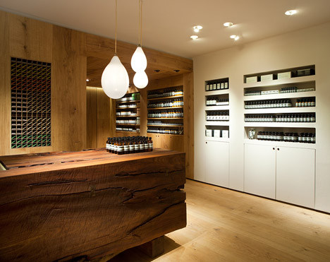 Aesop_Bibliotekstan_by_In_Praise_of_Shadows_dezeen_468_2